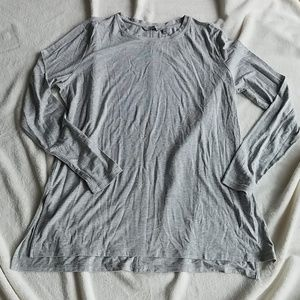 NWOT Athleta Long-Sleeved Tee